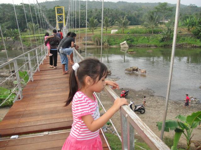 Jembatan Gantung Sindang purbalingga