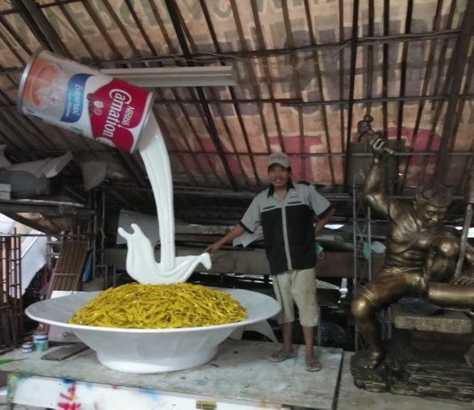 replika kaleng susu carnation cair
